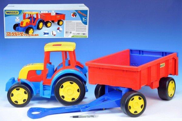 Traktor s vle�kou Gigant 66100