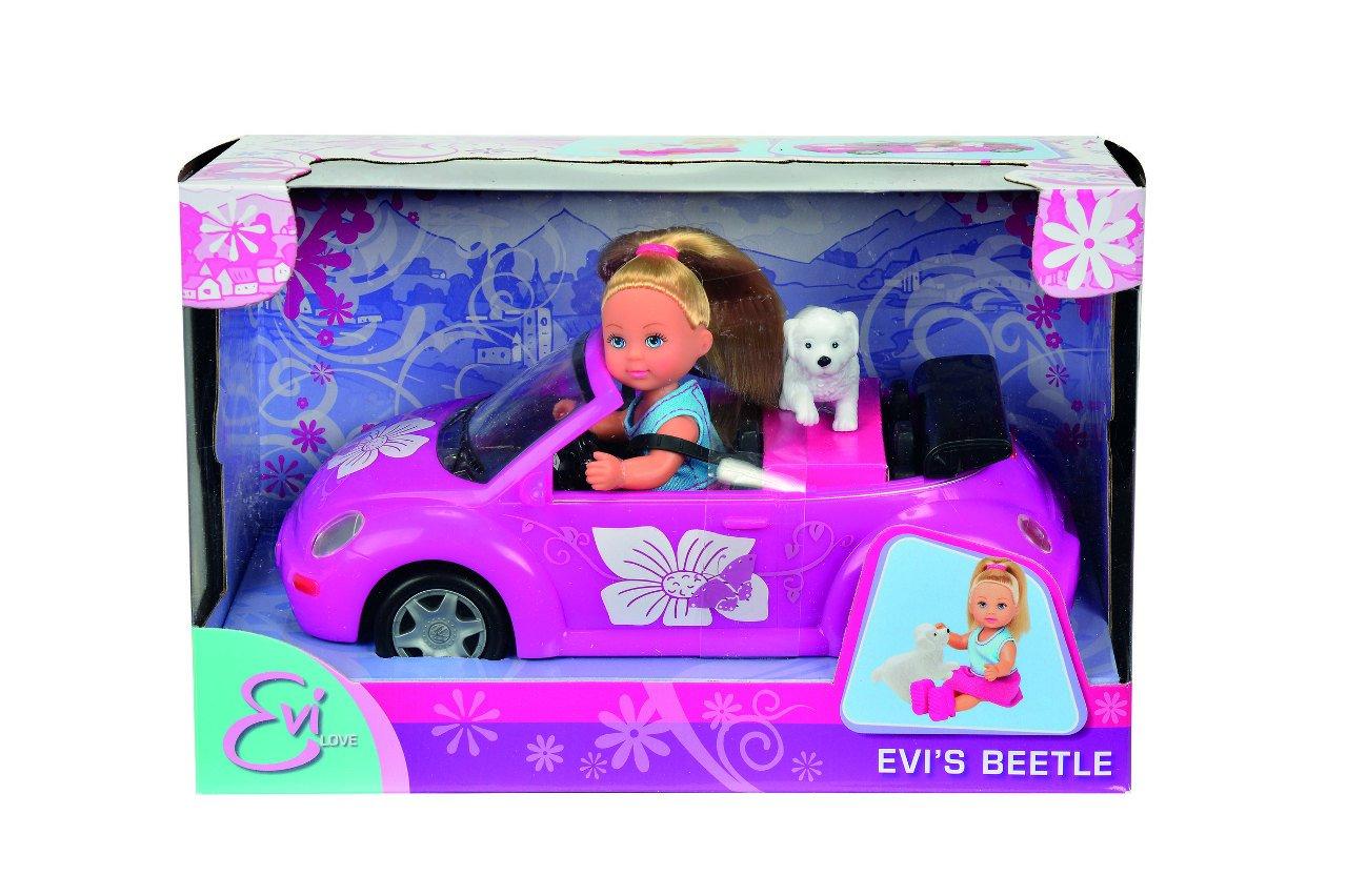 Panenka Evi�ka s autem New Beetle