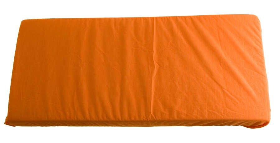 2v1 Oran�ov� plachta a chr�ni� matraca 70x140cm
