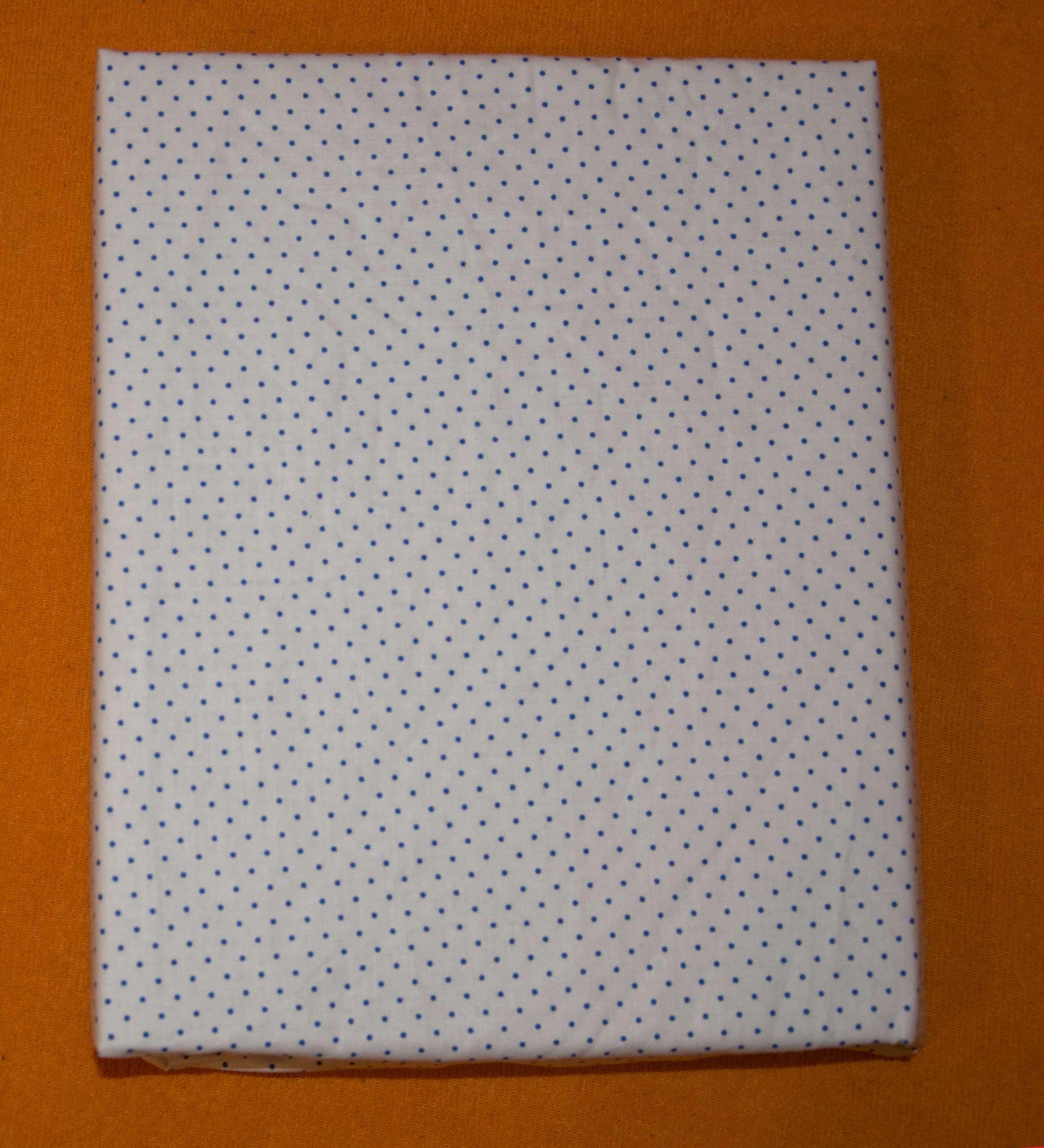 Bavln�n� prost�radlo 120x60 cm b�l� s modr�mi men��mi punt�ky - zv��i� obr�zok