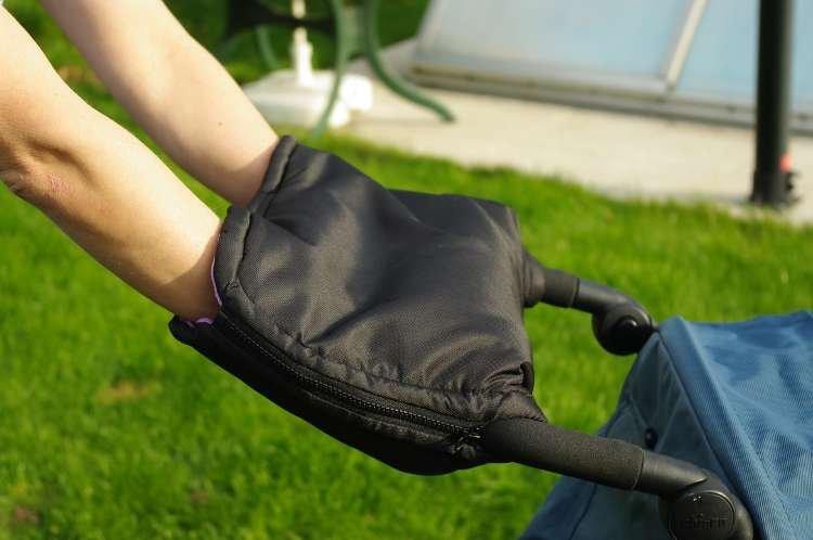 Nov� ruk�vn�k na ko��rek �erno r��ov� - zv��i� obr�zok