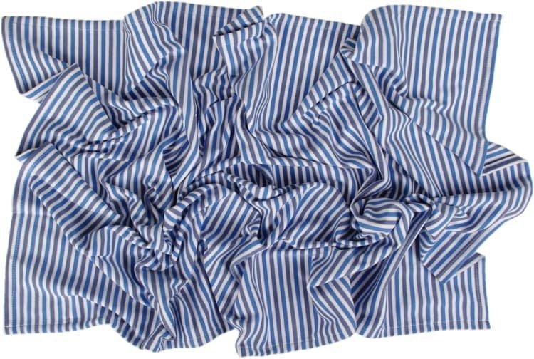 Letn� deka 150x200cm modr� prou�ky - zv��i� obr�zok