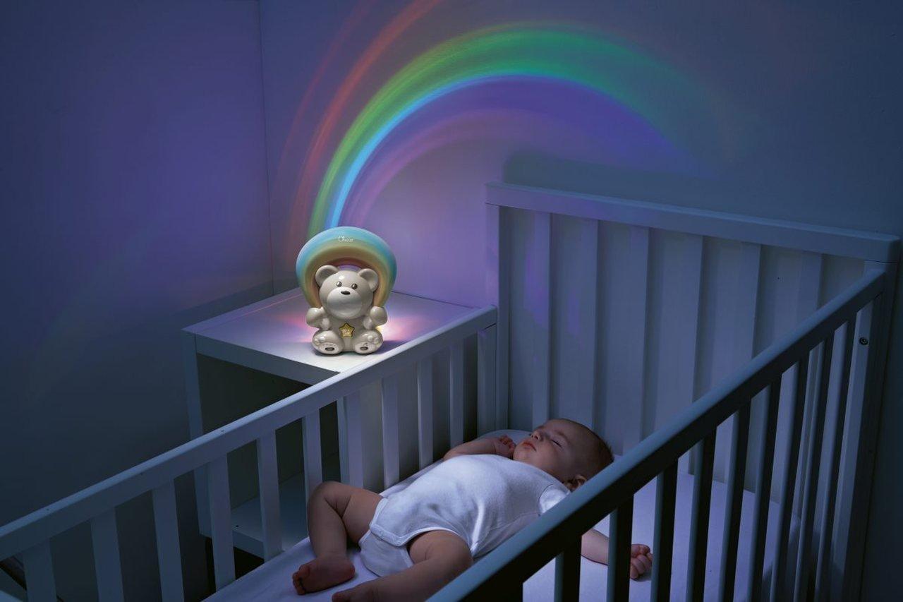 Lampi�ka s projektorom a mel�diou Medved�k modr� - zv��i� obr�zok
